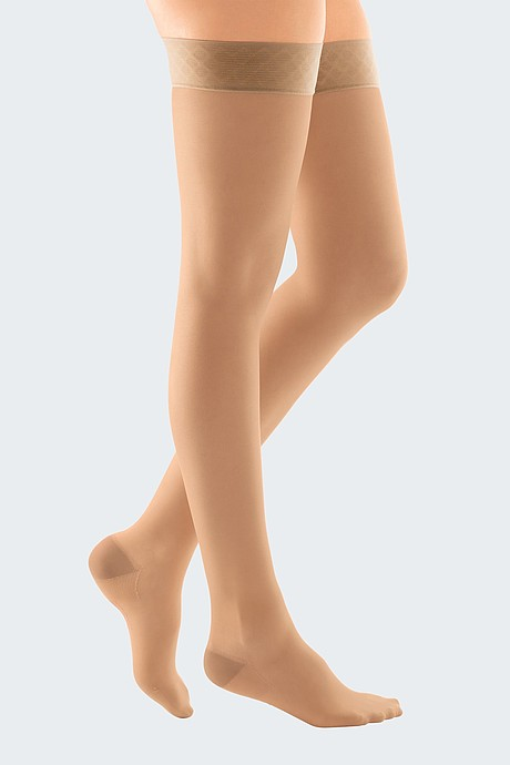 microtec transparent compression stockings for the treatment of veins france